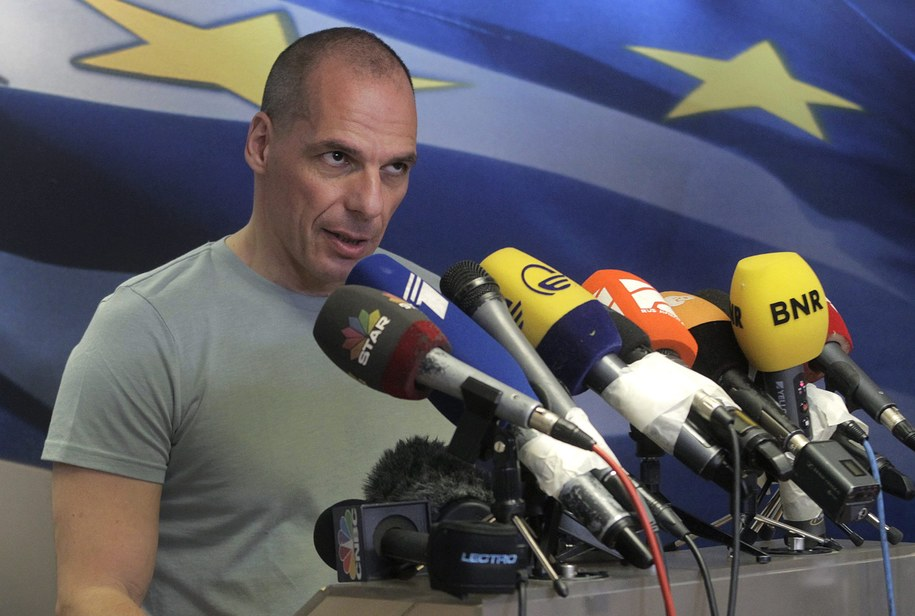 Minister finansów Grecji Janis Warufakis podał się do dymisji dzień po referendum, w którym większość Greków zagłosowała zgodnie z apelami rządu Aleksisa Ciprasa /ORESTIS PANAGIOTOU /PAP/EPA