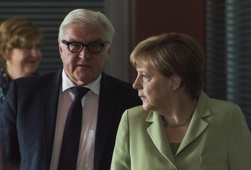 Minister Frank-Walter Steinmeier i kanclerz Angela Merkel /AFP