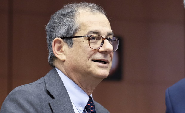 Minister gospodarki Włoch: Polityka MFW stanowi zagrożenie