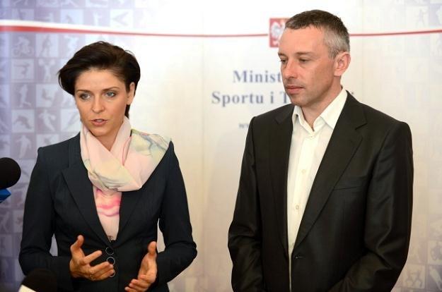 Minister Joanna Mucha i Tomasz Sikora/fot. Bartłomiej Zborowski /PAP