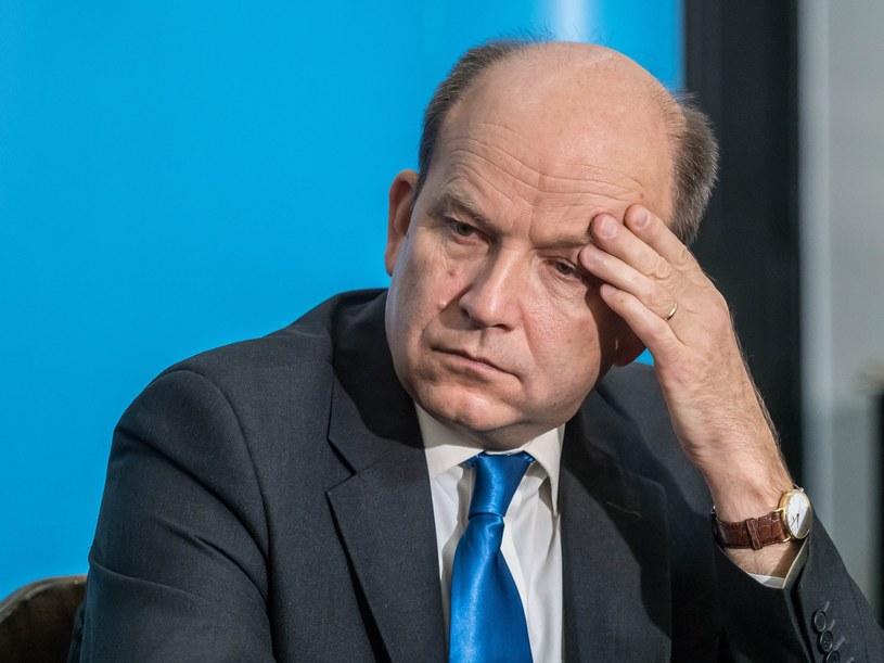 Minister Konstanty Radziwiłł zapłaci za nieudaną reformę stanowiskiem? /Tomasz Urbanek /East News