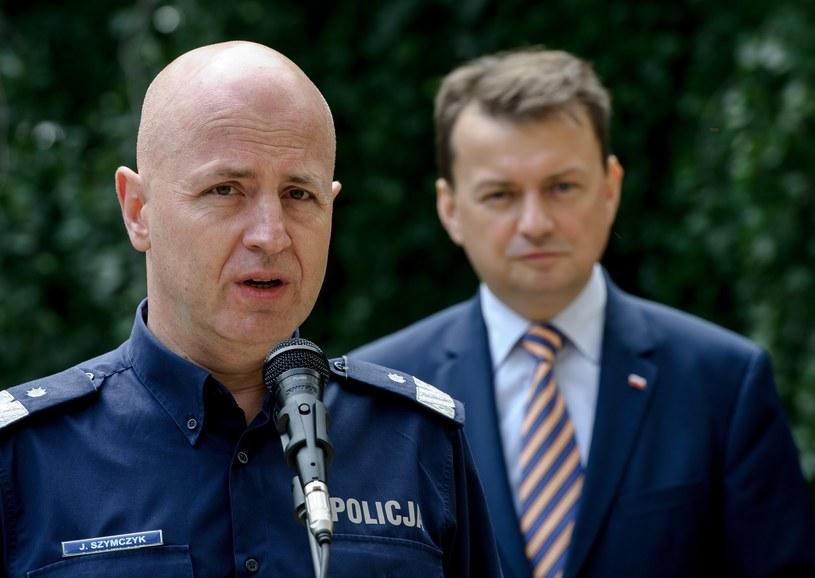 Minister Mariusz Błaszczak i Komendant Główny Policji Jarosław Szymczyk /Rafal Oleksiewicz /Reporter