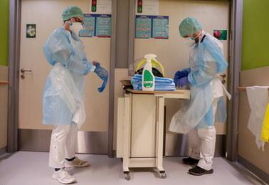 Minister mówi o stabilizacji pandemii. Wskazuje na trzy czynniki