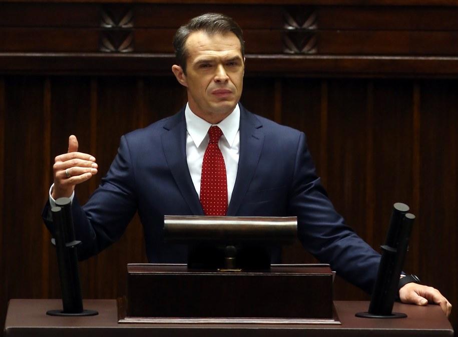 Minister Nowak w Sejmie podczas debaty ws. wniosku o jego odwołanie /Tomasz Gzell /PAP