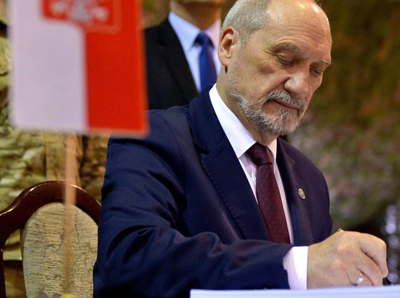 Minister obrony narodowej Antoni Macierewicz, zdj. ilustracyjne /Darek Delmanowicz /PAP