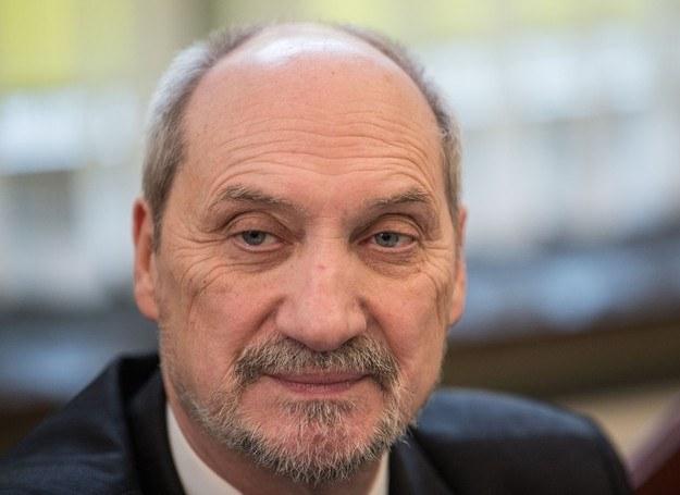 Minister Obrony Narodowej Antoni Macierewicz /Andrzej Iwańczuk /Reporter
