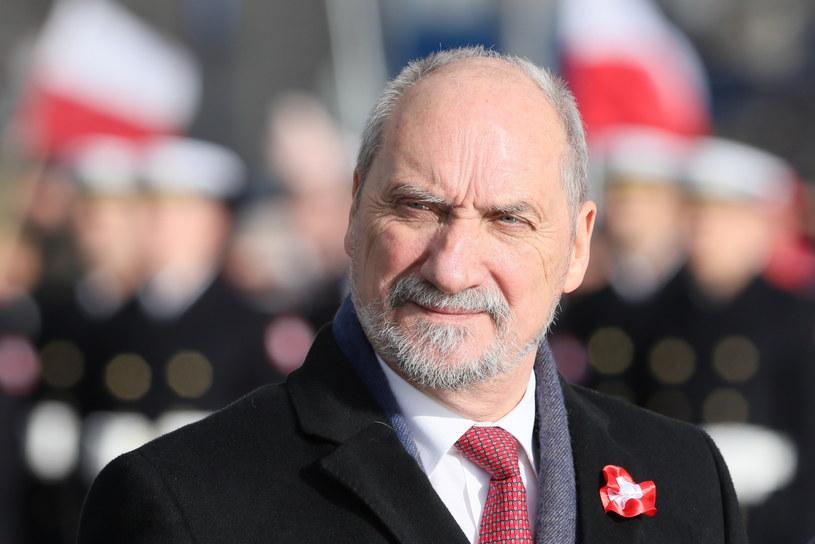 Minister obrony narodowej Antoni Macierewicz /Paweł Supernak /PAP