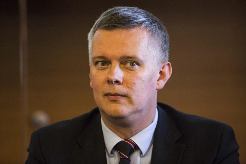Minister obrony Tomasz Siemoniak /Adrzej Hulimka /Reporter