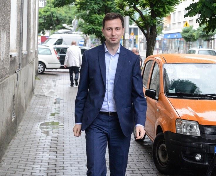 Minister pracy i polityki społecznej Władysław Kosiniak-Kamysz docenia swoich pracowników... /Jakub Kamiński   /PAP