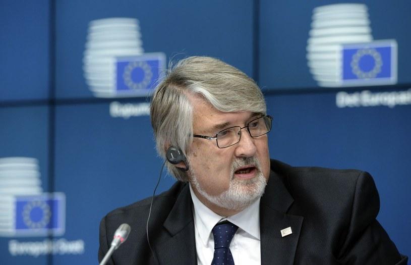 Minister pracy i polityki społecznej Włoch Giuliano Poletti /AFP