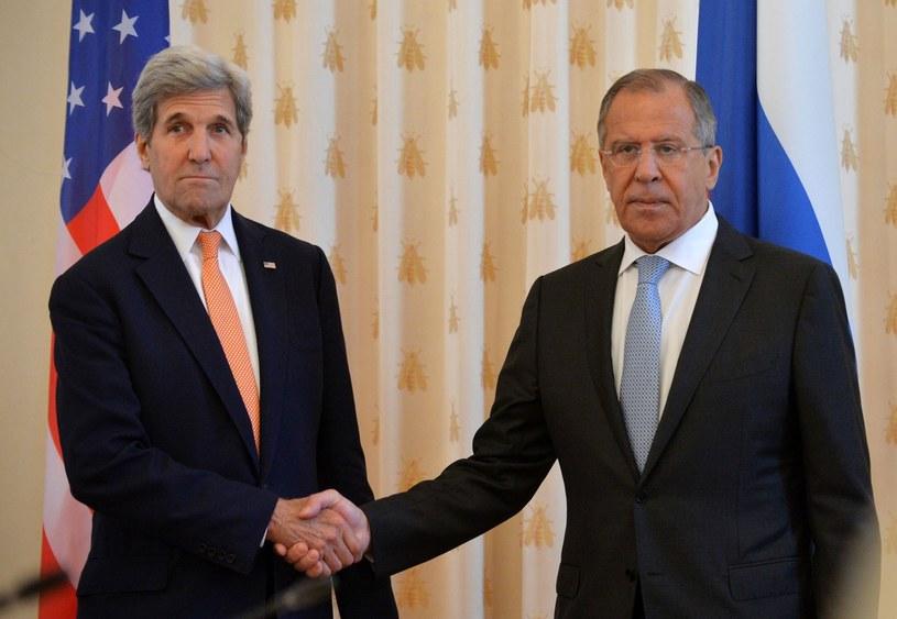 Minister Sergey Lavrov i sekretarz USA John Kerry /Natalia Kolesnikova /East News