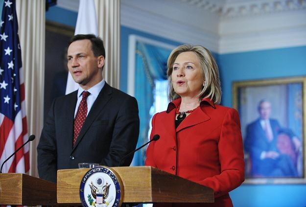 Minister Sikorski i Hillary Clinton /AFP