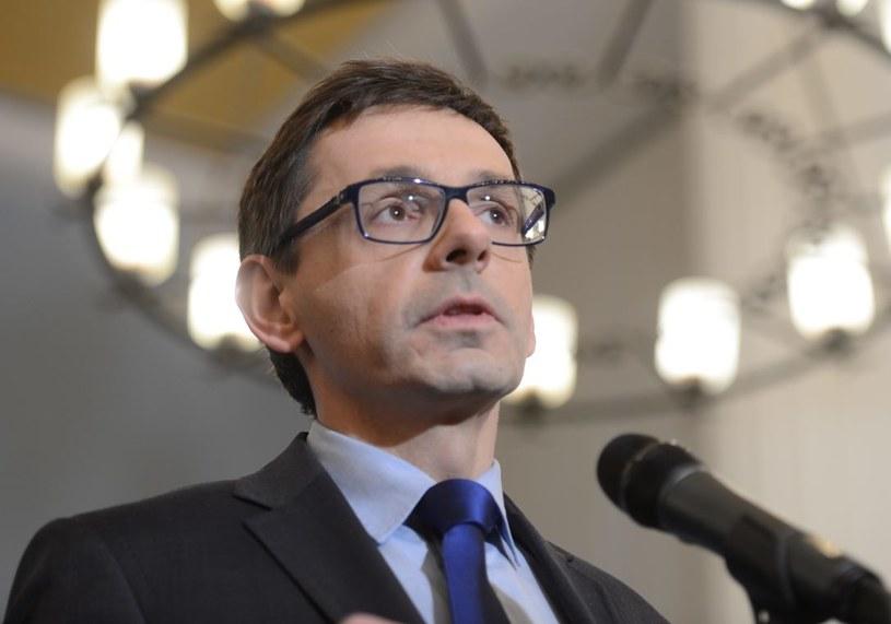 """Minister skarbu mówił o """"nadinterpretacji"""" w odniesieniu do memorandum na temat budowy kolejnej nitki gazociągu /Jacek Turczyk /PAP"""