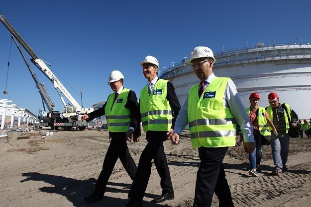 Minister skarbu państwa Andrzej Czerwinski zwiedza Terminal Naftowy PERN Przyjaźń w Porcie Północnym /PAP