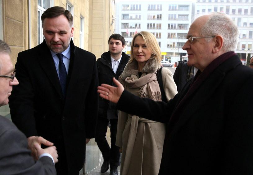 Minister skarbu państwa Dawid Jackiewicz, Barbara Stanisławczyk i Krzysztof Czabański /Tomasz Gzell /PAP