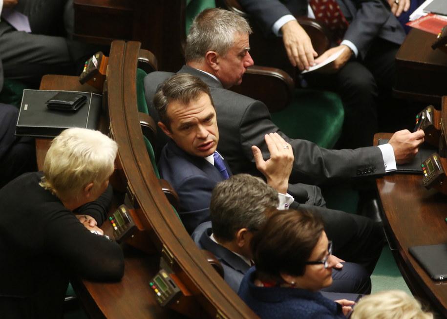 Minister Sławomir Nowak podczas posiedzenia w Sejmie /Tomasz Gzell /PAP