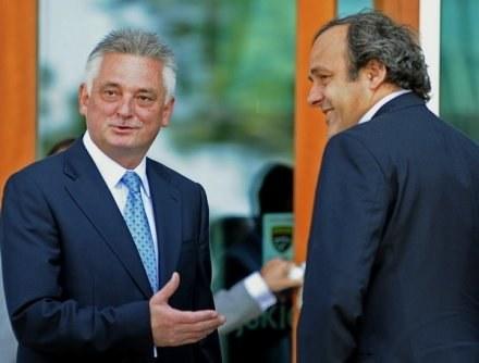 Minister sportu i turystyki Mirosław Drzewiecki i szef UEFA Michel Platini /AFP