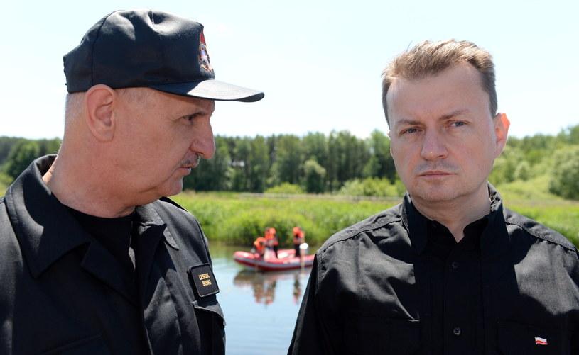 Minister spraw wewnętrznych i administracji Mariusz Błaszczak i komendant główny straży pożarnej Leszek Suski /Piotr Polak /PAP