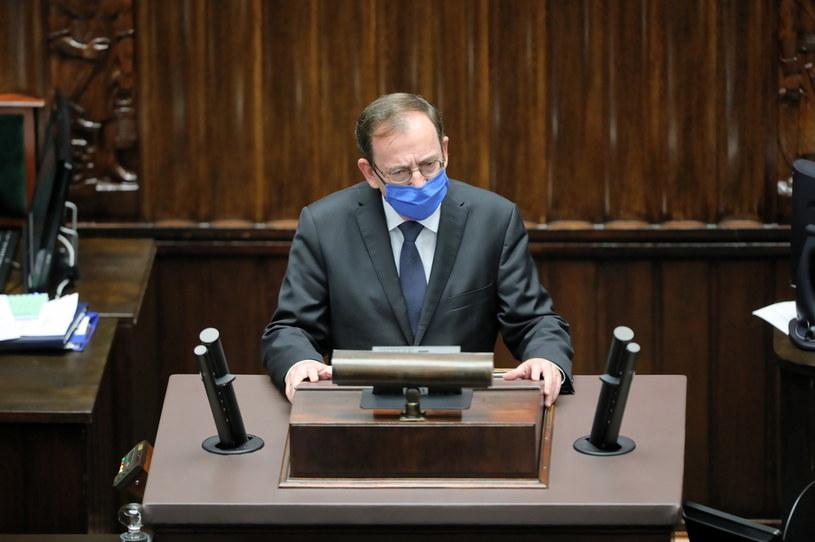 Minister spraw wewnętrznych i administracji Mariusz Kamiński na sali obrad Sejmu /Wojciech Olkuśnik /PAP