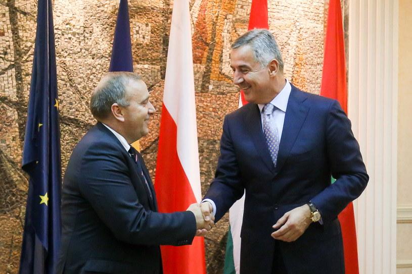 Minister spraw zagranicznych Grzegorz Schetyna i premier Czarnogóry Milo Djukanovic podczas spotkania w Podgoricy /Paweł Supernak /PAP