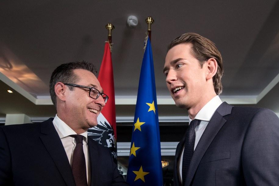 Minister spraw zagranicznych i szef OeVP Sebastian Kurz oraz szef FPOe Heinz-Christian Strache /CHRISTIAN BRUNA /PAP/EPA