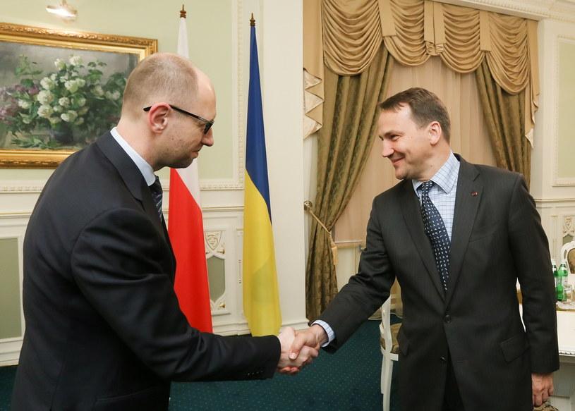 Minister spraw zagranicznych RP Radosław Sikorski i premier Ukrainy Arsenij Jaceniuk /Paweł Supernak /PAP