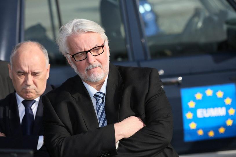 Minister spraw zagranicznych RP Witold Waszczykowski (2P) /Leszek Szymański /PAP