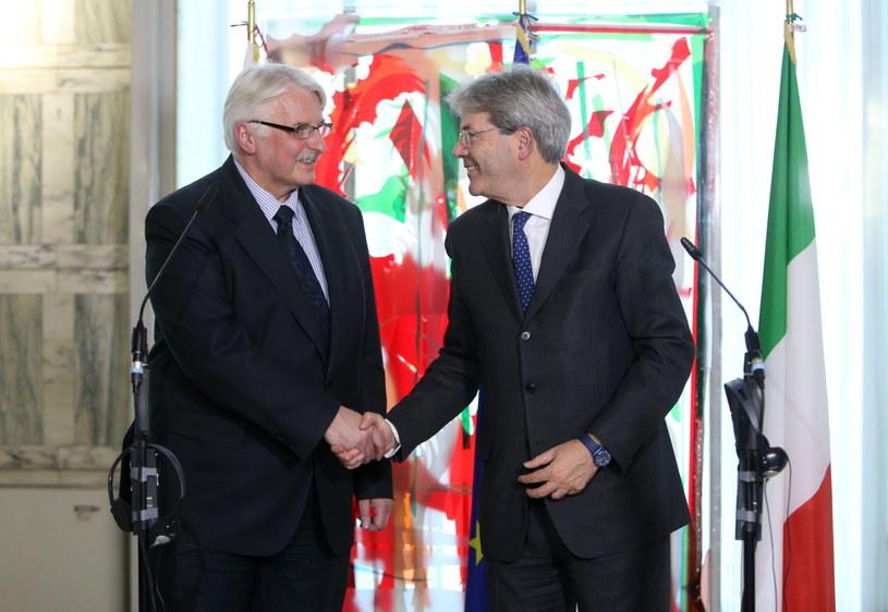 Minister spraw zagranicznych Witold Waszczykowski i minister spraw zagranicznych Włoch Paolo Gentiloni /Leszek Szymański /PAP
