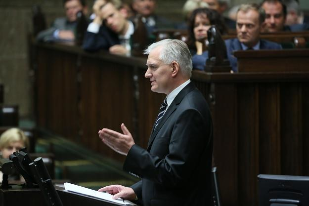 Minister sprawiedliwości Jarosław Gowin odpowiada na pytania posłów  /fot. Leszek Szymański /PAP