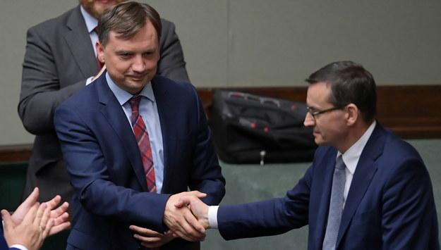 Minister sprawiedliwości-prokurator generalny Zbigniew Ziobro i premier Mateusz Morawiecki / Marcin Obara  /PAP