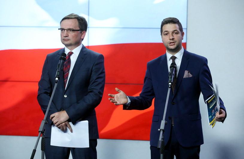 Minister sprawiedliwości Zbigniew Ziobro i wiceminister sprawiedliwości Patryk Jaki /Rafał Guz /PAP