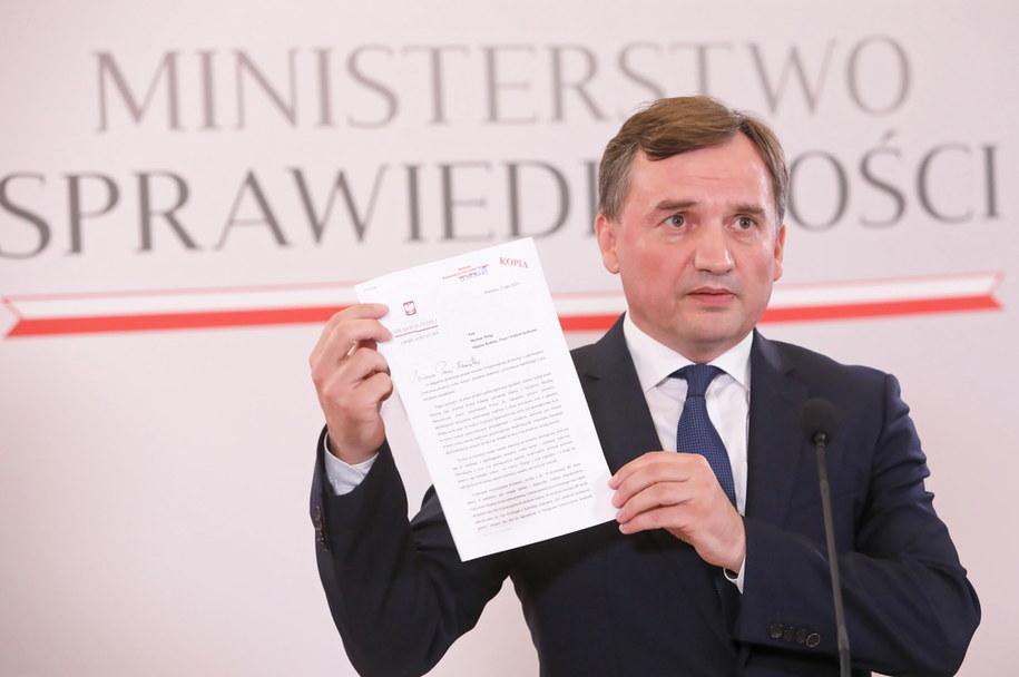 Minister sprawiedliwości Zbigniew Ziobro na konferencji prasowej nt. wniosku o wypowiedzenie Konwencji Stambulskiej /Wojciech Olkuśnik /PAP