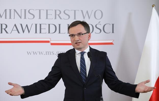 Minister sprawiedliwości Zbigniew Ziobro zapowiada wojnę z drobnymi kradzieżami /AFP