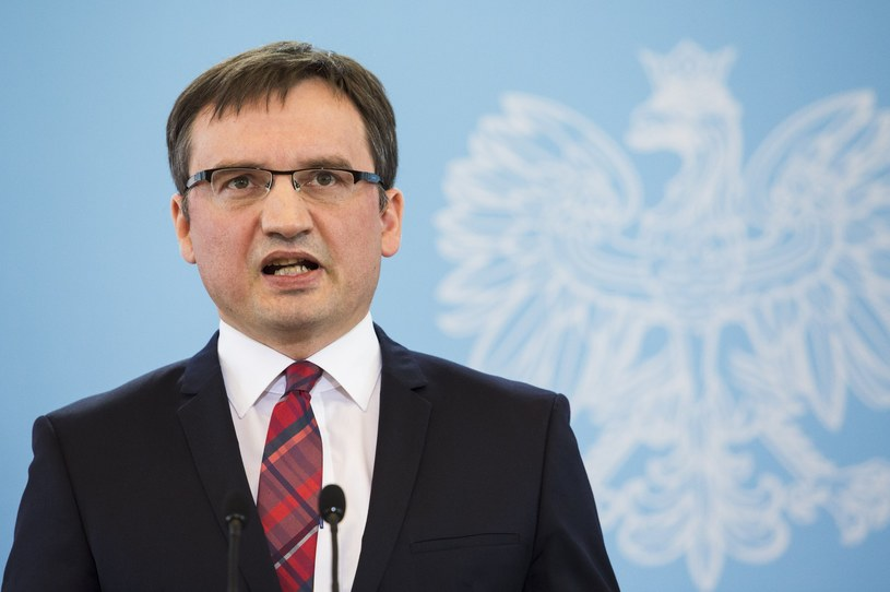 Minister sprawiedliwości Zbigniew Ziobro /Andrzej Hulimka  /Reporter
