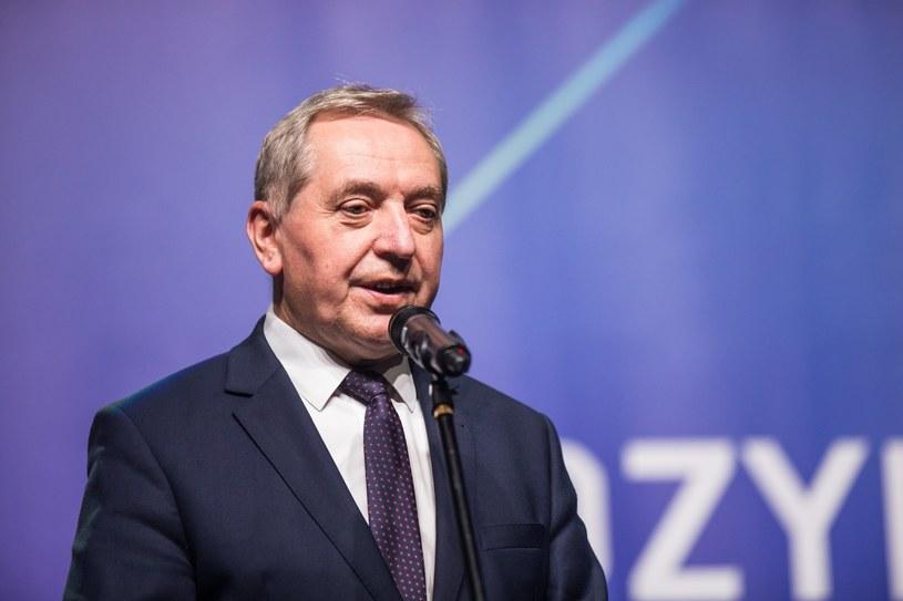 Minister środowiska Henryk Kowalczyk / Adam Jastrzebowski /Reporter