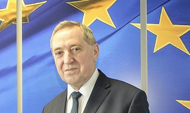 Minister środowiska Henryk Kowalczyk /PAP