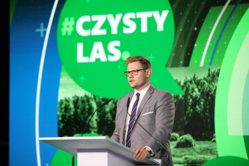 Minister środowiska Michał Woś podczas spotkania Zielone Forum Młodych /Wojciech Olkuśnik /PAP