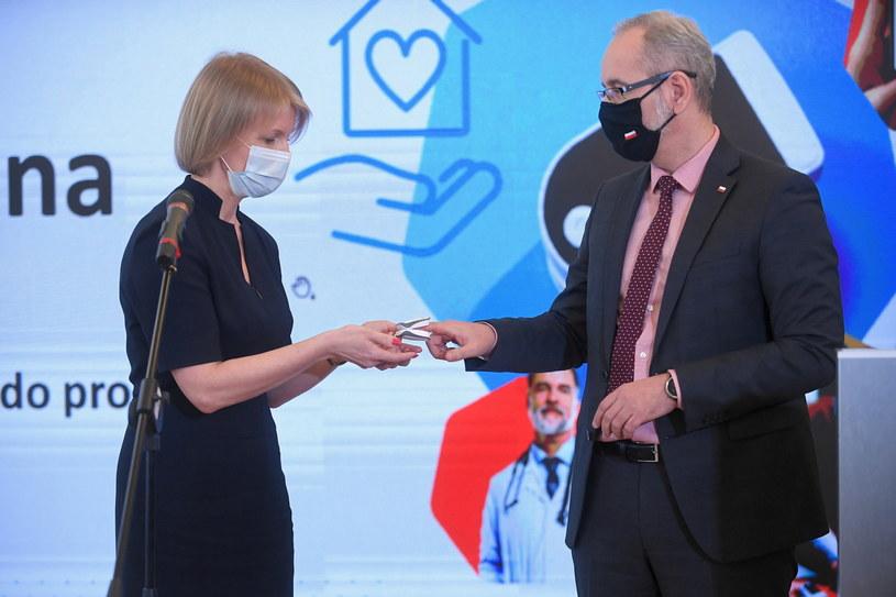 Minister zdrowia Adam Niedzielski i konsultant krajowa w dziedzinie medycyny rodzinnej dr hab. Agnieszka Mastalerz-Migas / Marcin Obara  /PAP