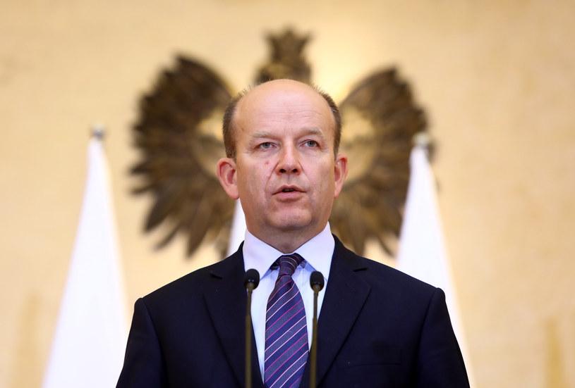 """Minister zdrowia Konstanty Radziwiłł od dawna jest """"na wylocie"""", jednak nikt nie kwapi się, by go zastąpić /Stanisław Kowalczuk /East News"""