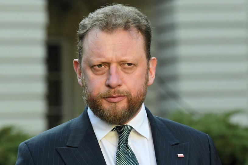 Minister zdrowia Łukasz Szumowski podczas briefingu prasowego / Radek Pietruszka   /PAP