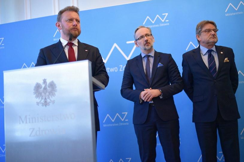 Minister zdrowia Łukasz Szumowski, prezes NFZ Adam Niedzielski i Główny Inspektor Sanitarny Jarosław Pinkas /Marcin Obara /PAP
