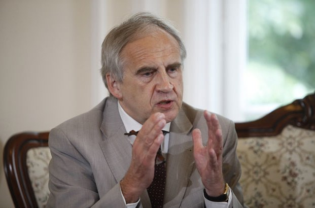 Minister zdrowia Marian Zembala /East News