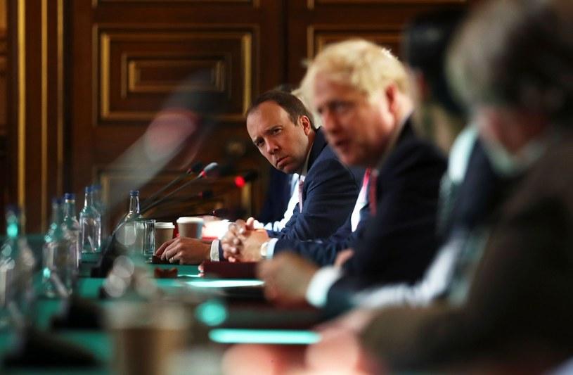 MInister zdrowia Matt Hancock i premier Boris Johnson /AFP