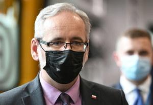 """Minister zdrowia o """"hejcie, który zatruwa umysły"""". Konferencja Adama Niedzielskiego"""