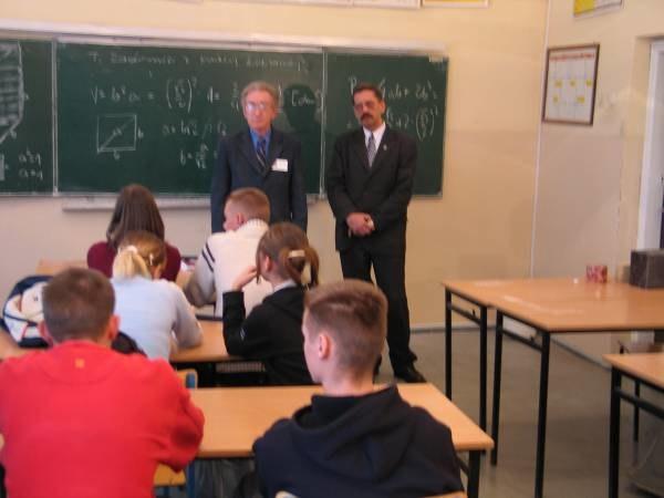 Ministerstwo Edukacji chce podnieść rangę oceny ze sprawowania /RMF