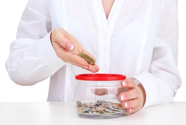 Ministerstwo Finansów chce instrumentami prawnymi poprawić bezpieczeństwo klientów /©123RF/PICSEL