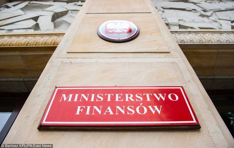 """Ministerstwo Finansów wszczęło """"postępowanie analityczne"""" /Bartosz Krupa /East News"""