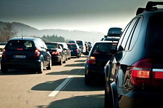Ministerstwo Finansów zapowiedziało monitoring rynku wspólnych przejazdów /©123RF/PICSEL
