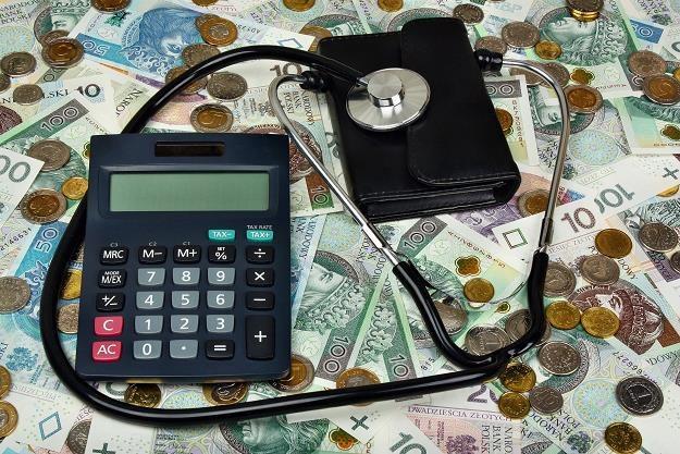 Ministerstwo Finansów zwolniło z obowiązku stosowania kas rejestrujących całe grupy podatników /©123RF/PICSEL