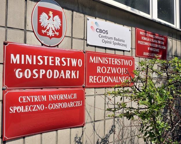 Ministerstwo Gospodarki już podpisało lub przygotowało umowy dla 11 branż. Fot. Lech Gawuc /Reporter